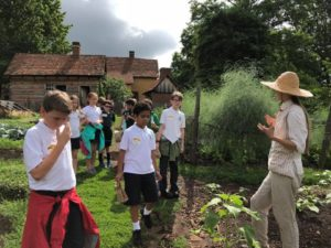 Science Alive School Group Tour – Where History & Scientific